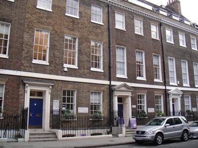 เรียนต่ออังกฤษ Bloomsbury International London