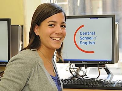 เรียนต่ออังกฤษ-Central-School-of-English-London_home2