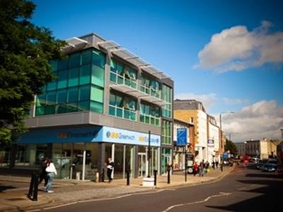 เรียนต่ออังกฤษ-UIC-English-Greenwich-London_home2